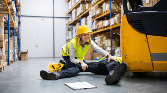 When Do My Workers' Comp Checks Start & When Do They Get Cut Off?